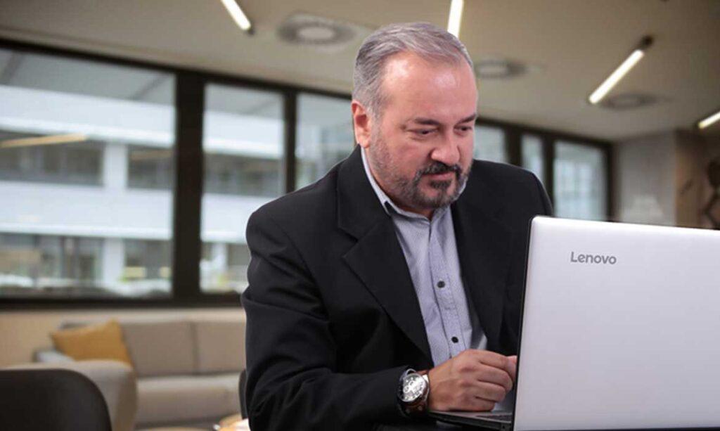 Paulo Carvalho - ofteco WEB - Agência de Marketing Digital